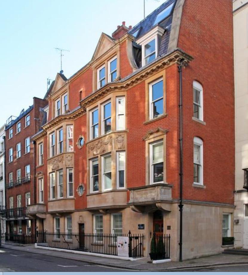 10 – 11 Park Place, St James's