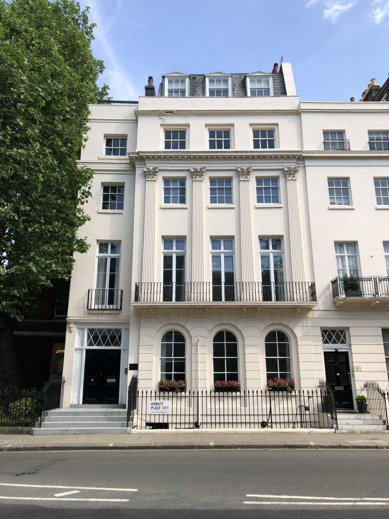1 Hobart Place, Victoria, SW1